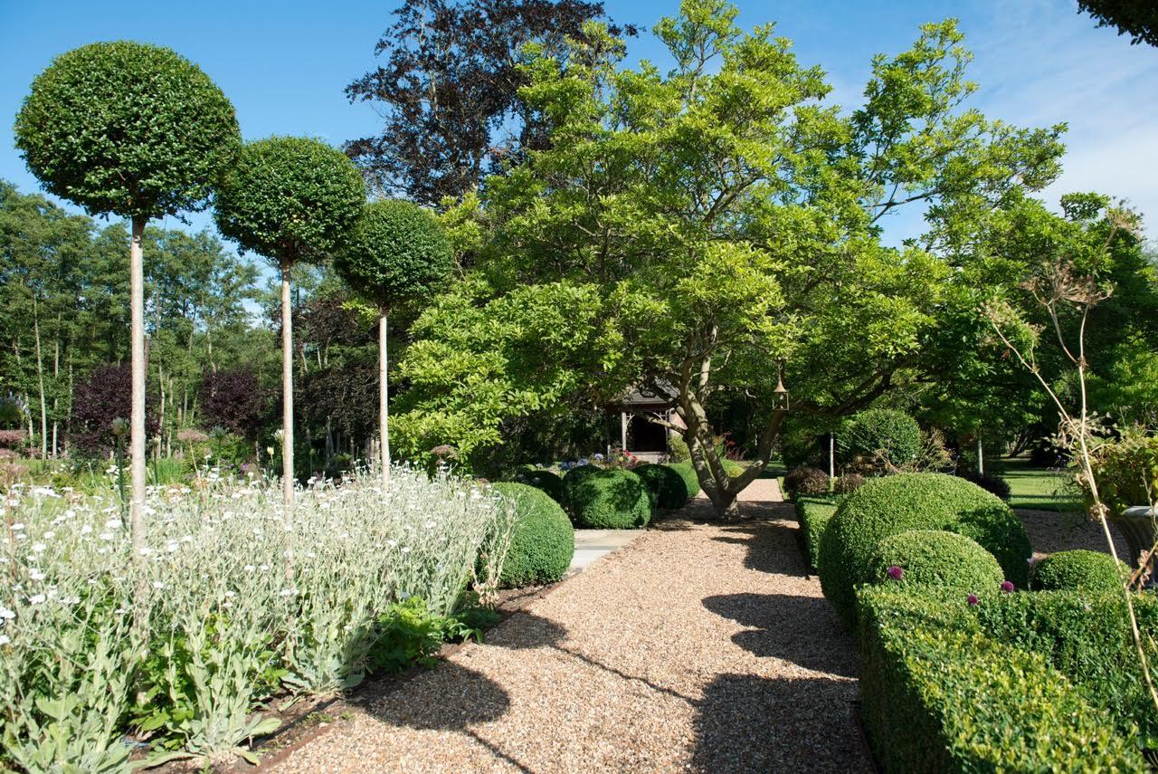 Superieur Garden Designers Berkshire