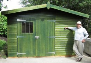 Green Superior Shed: Front