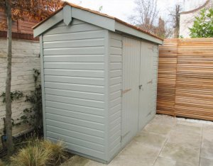 Superior Shed with No Windows: Front